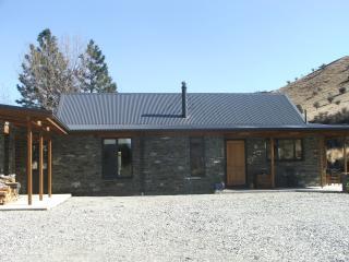 Judge & Jury Cottage - Queenstown vacation rentals
