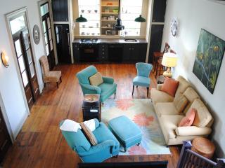 Antigua (15 minute walk to King Street) - Charleston vacation rentals