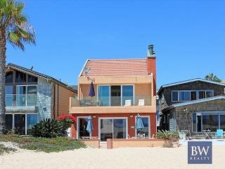 Spacious Oceanfront Single Family Home! 2 Patios & Fantastic Views! (68188) - Newport Beach vacation rentals