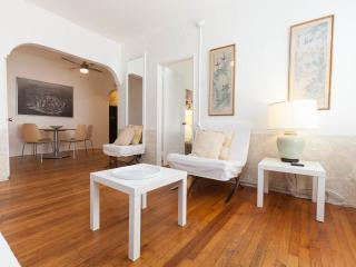 One bedroom up to 4 guest in the heart of Miami Beach/South Beach - Miami Beach vacation rentals
