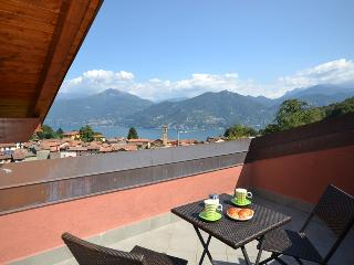 Gorgeous 2 bedroom Menaggio Apartment with Central Heating - Menaggio vacation rentals
