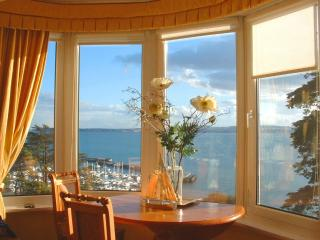 Boohay, Bay Fort Mansions located in Torquay, Devon - Torquay vacation rentals