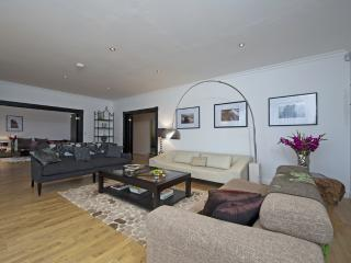 Gladices Barn located in Ventnor, Isle Of Wight - Freshwater vacation rentals