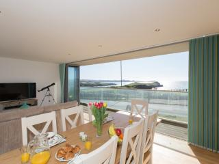 2 Zenith located in Newquay, Cornwall - Newquay vacation rentals