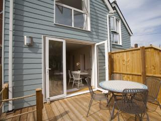 Waterfront Retreat located in Yarmouth, Isle Of Wight - Yarmouth vacation rentals
