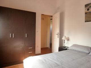 Rural apartment in great location - Torroella de Montgri vacation rentals