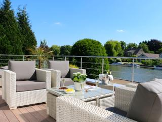 2 bedroom Villa with Internet Access in Ghent - Ghent vacation rentals