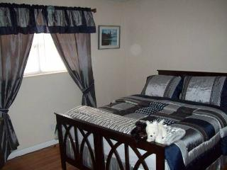 Full Quiet Clean Condo near all shopping Beach.... - Fort Lauderdale vacation rentals