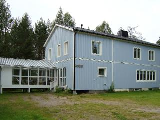 Nice Lodge with Deck and A/C - Overkalix vacation rentals