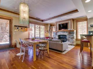 Ski-in/out condo in Northstar w/pool & hot tub - Northstar vacation rentals