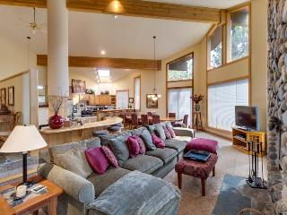 Huge Northstar home with NPOA access, room for 12! - Truckee vacation rentals