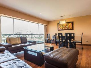 Nice Condo with Internet Access and Television - Lima vacation rentals