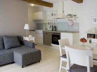 Liebevolle **** Appartements auf dem Biolandhof - Büsum vacation rentals