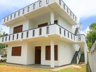 Apartment NUWA, 300m Walk to the Hikkaduwa Beach - Hikkaduwa vacation rentals