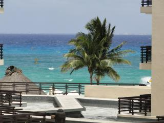 Playa del carmen best location - Playa del Carmen vacation rentals