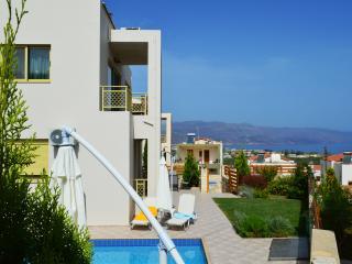 Villa Antigoni private pool & seaview, 3 bedrooms,Wifi,BBQ,close to the beach - Tavronitis vacation rentals