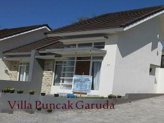 Perfect 2 bedroom Villa in Batu with Television - Batu vacation rentals