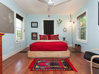 The Artist Bungalow - Fort Lauderdale vacation rentals