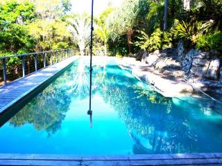 The Pineapple Apartment, Kiels Mountain - Maroochydore vacation rentals