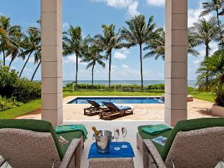 Paradise Beach Estate Oceanfront - Honolulu vacation rentals