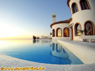 VILLA ALMAYSIA  *** INFINITY POOL *** 300° VIEWS - Salobrena vacation rentals