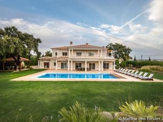 Perfect 5 bedroom Villa in Almancil - Almancil vacation rentals
