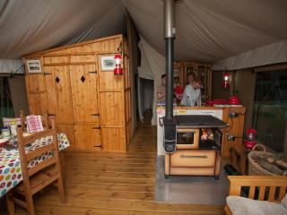 Beautiful 3 bedroom Beccles Tented camp with Short Breaks Allowed - Beccles vacation rentals
