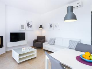 Adorable 2 bedroom Vacation Rental in Exopoli - Exopoli vacation rentals
