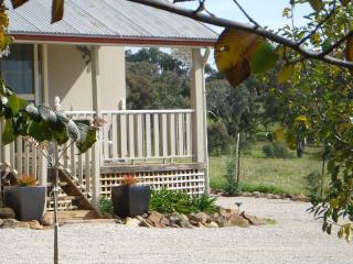 1 bedroom Cottage with Balcony in Orange - Orange vacation rentals