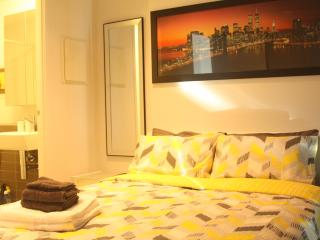 Luxury Apartment in CBD with Amazing Sewview - Melbourne vacation rentals