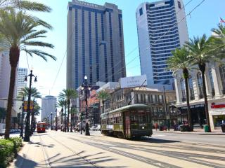 Beautiful Condo with Internet Access and A/C - New Orleans vacation rentals