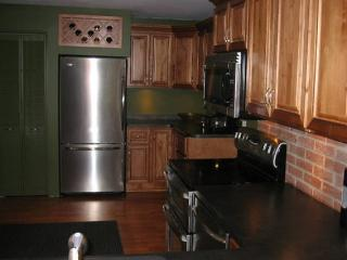 1 bedroom Apartment with Deck in East Aurora - East Aurora vacation rentals