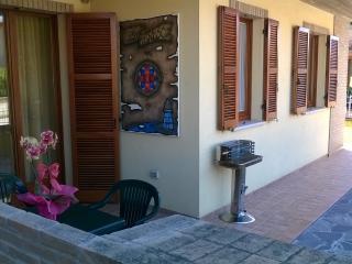 Cozy 2 bedroom Marotta Townhouse with Deck - Marotta vacation rentals