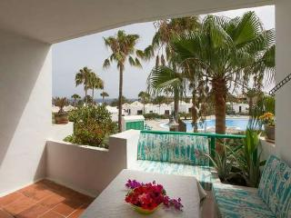 APARTMENT LYLYSTIAN IN COSTA TEGUISE FOR 2P - Costa Teguise vacation rentals