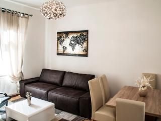 62m² Comfortable, Country - Style Apartment 4-6 - Vienna vacation rentals
