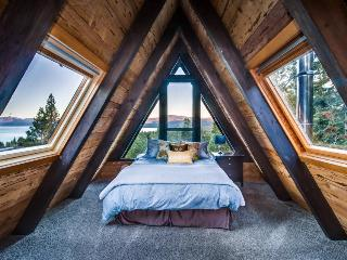 Amazing A-frame cabin with hot tub, 2 fireplaces, & more - Tahoe City vacation rentals