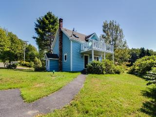 Peaceful, cute oceanview retreat near dining & golf - perfect for couples! - Phippsburg vacation rentals