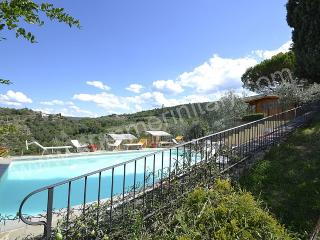 Comfortable House with Deck and Garden - Arezzo vacation rentals