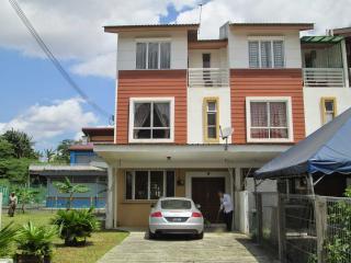 Homestay 68 - Johor Bahru vacation rentals