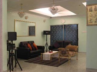 Qilla Villa KL Homestay (for Muslim) - Ampang vacation rentals