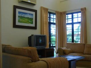 Nice House with DVD Player and Satellite Or Cable TV - Ayer Keroh vacation rentals