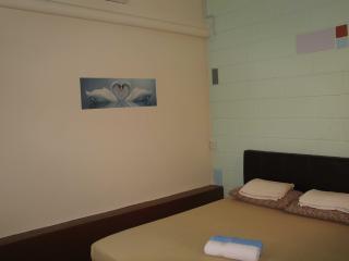 Cozy 3 bedroom Melaka House with Internet Access - Melaka vacation rentals