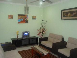 Cozy 3 bedroom House in Ayer Keroh - Ayer Keroh vacation rentals