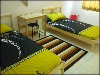 Cozy 3 bedroom Vacation Rental in Kepala Batas - Kepala Batas vacation rentals