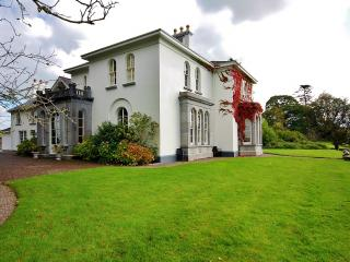 Luxury Manor In Private/Estate/Golf/Walking/Riding - Killarney vacation rentals