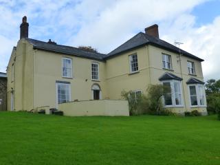 Newton Lodge, Large Country House & stunning views - Welsh Newton vacation rentals