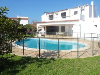 Villa In Faro, Pool, Beach, Airport Transfer - Faro vacation rentals
