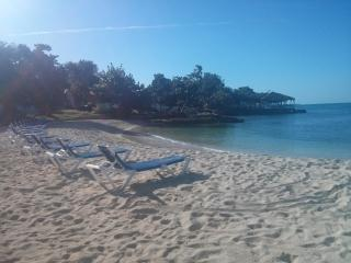 Get Away Paradise, Ocean view, 7 mile beach, Wifi - Negril vacation rentals