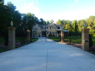 Luxurious Gated House in a quite neighborhood - Stone Mountain vacation rentals