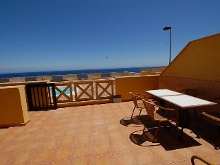 Bright 2 bedroom Condo in Poris de Abona with Television - Poris de Abona vacation rentals